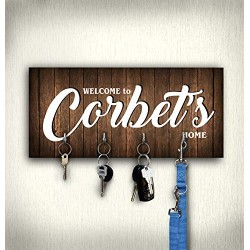 Family key holder with hooks, personalized key hanger for wall, decorative wooden key rack organizer, housewarming wedding anniversary gift for couple, new home present